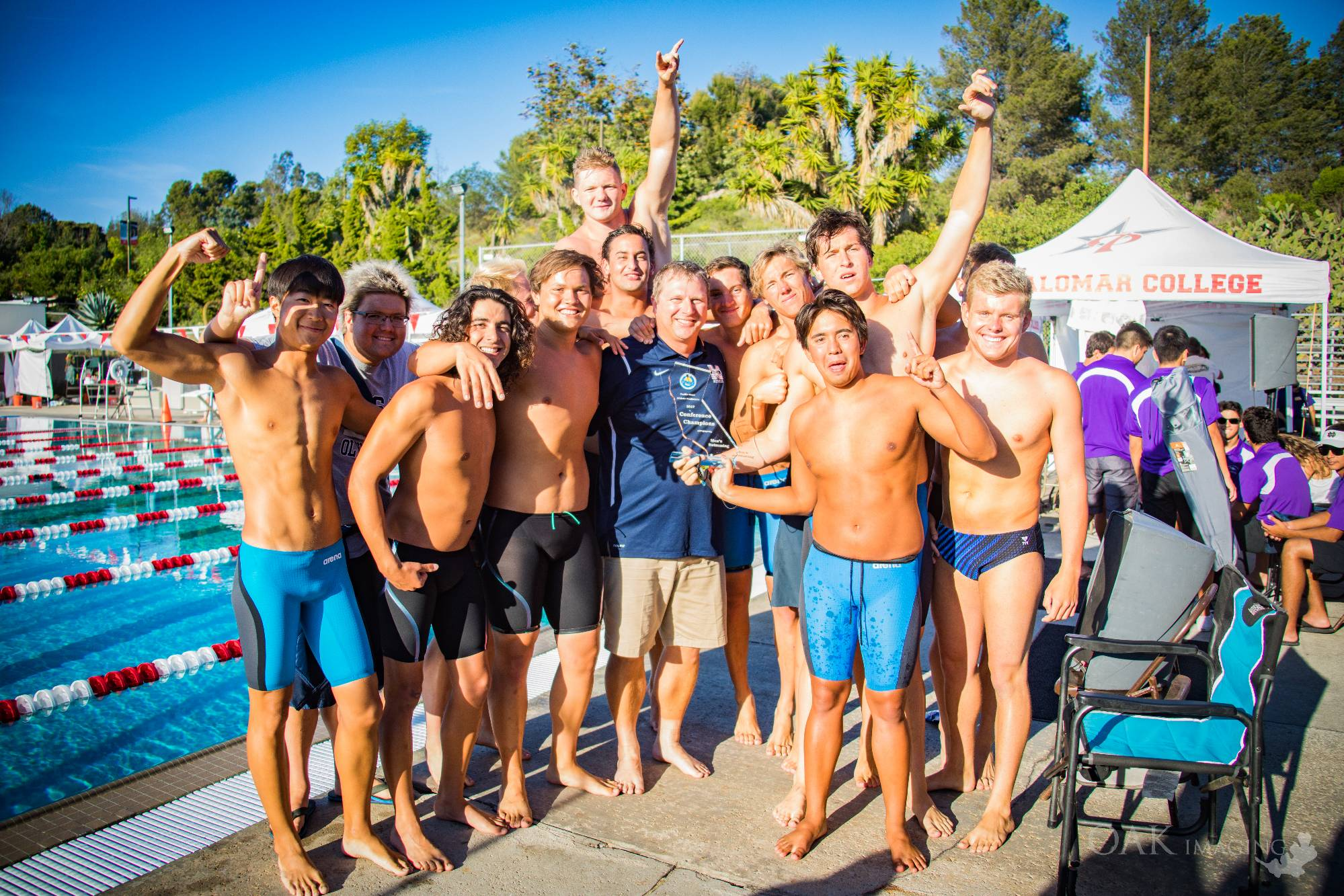 Men's Swimming, Diving Take Sixth Place in State Championships