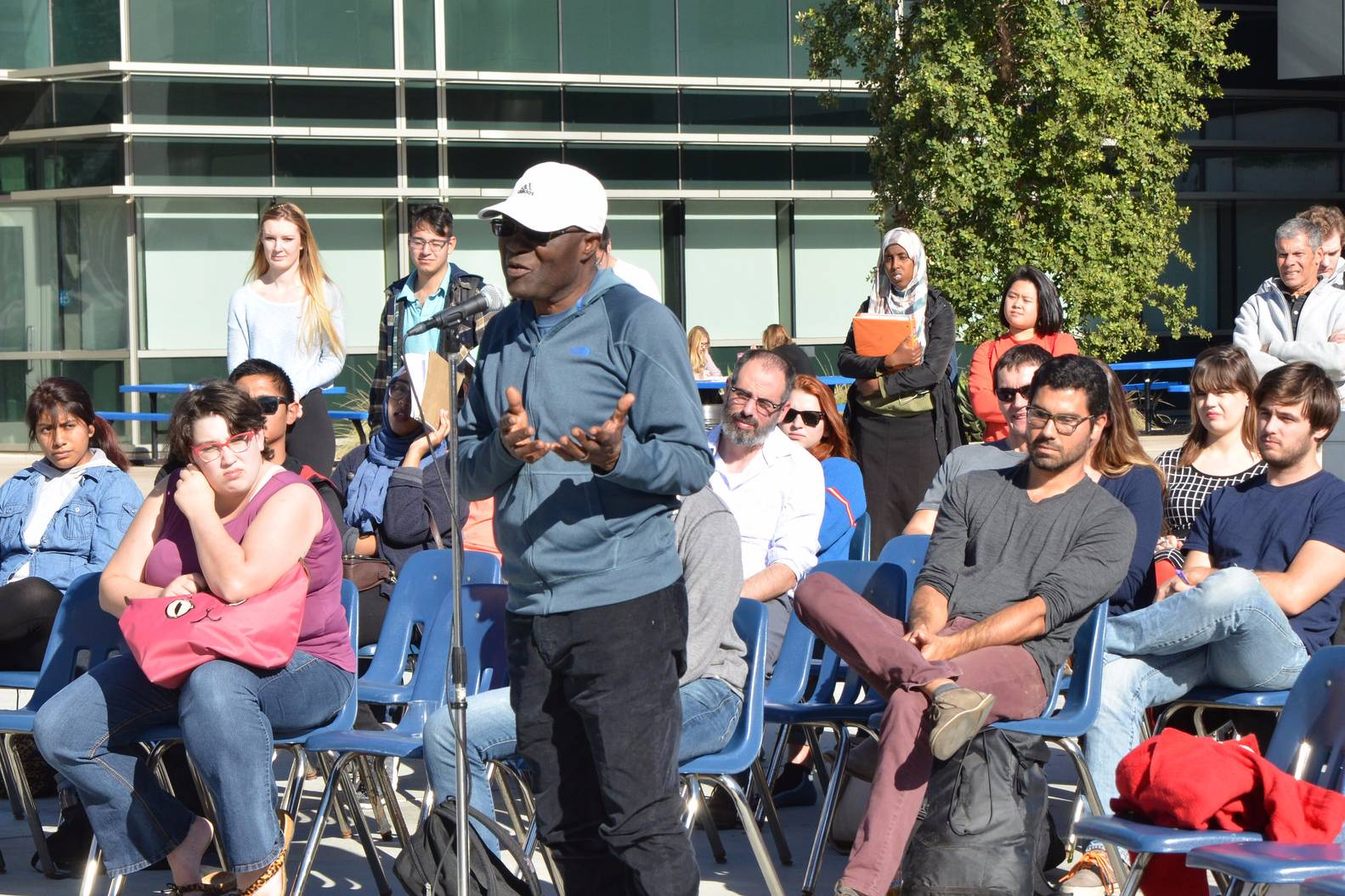 As a way to ease political tensions post-election, San Diego Mesa College faculty, staff and students participated in a Teach-in event in front of the LRC on Wednesday, Nov. 30.